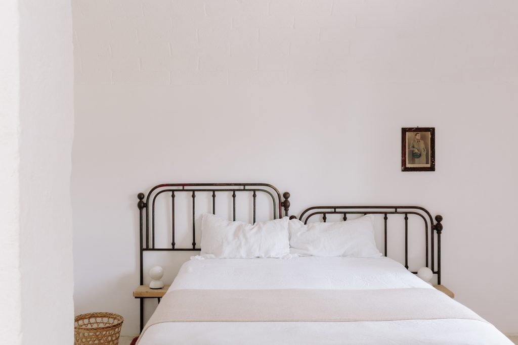 Room in Puglia, Retread Curated by Sisters