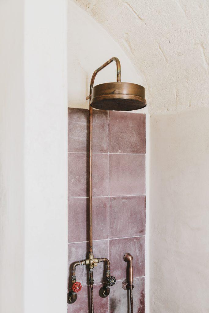Bathroom in Masseria Moroseta, Ostuni